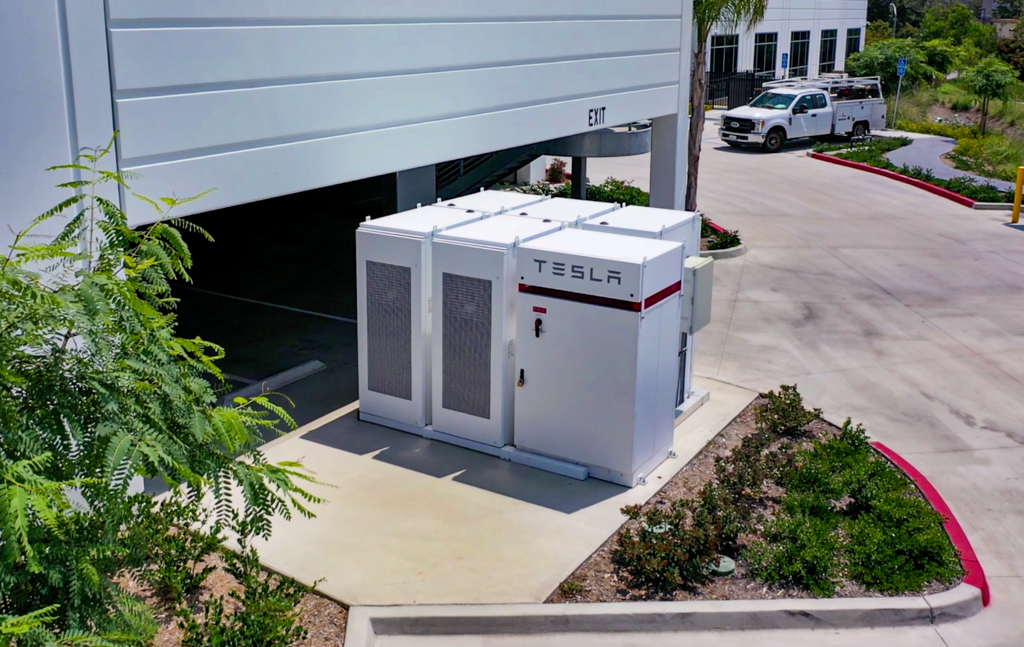 Tesla Powerpack, Tesla in San Diego, best solar storage